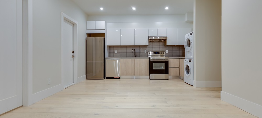 basement kitchen flooring and ceiling